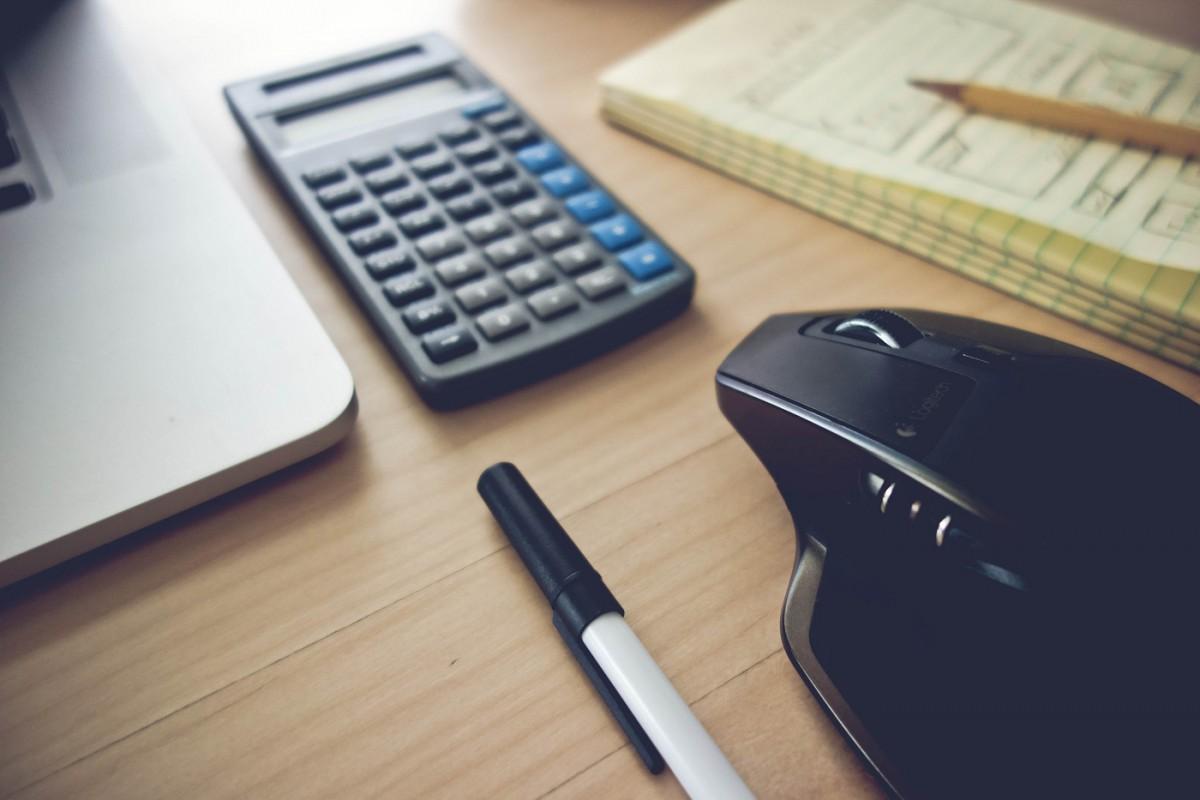 Minimal-Office-Essentials