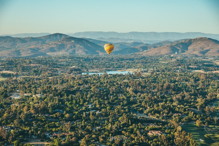 Free-Public-Domain-Photo-of-Hot-Air-Balloons17