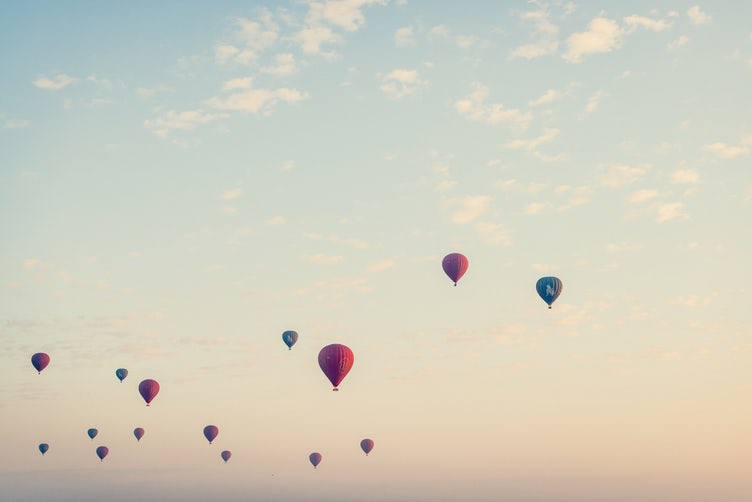 Free-Public-Domain-Photo-of-Hot-Air-Balloons9