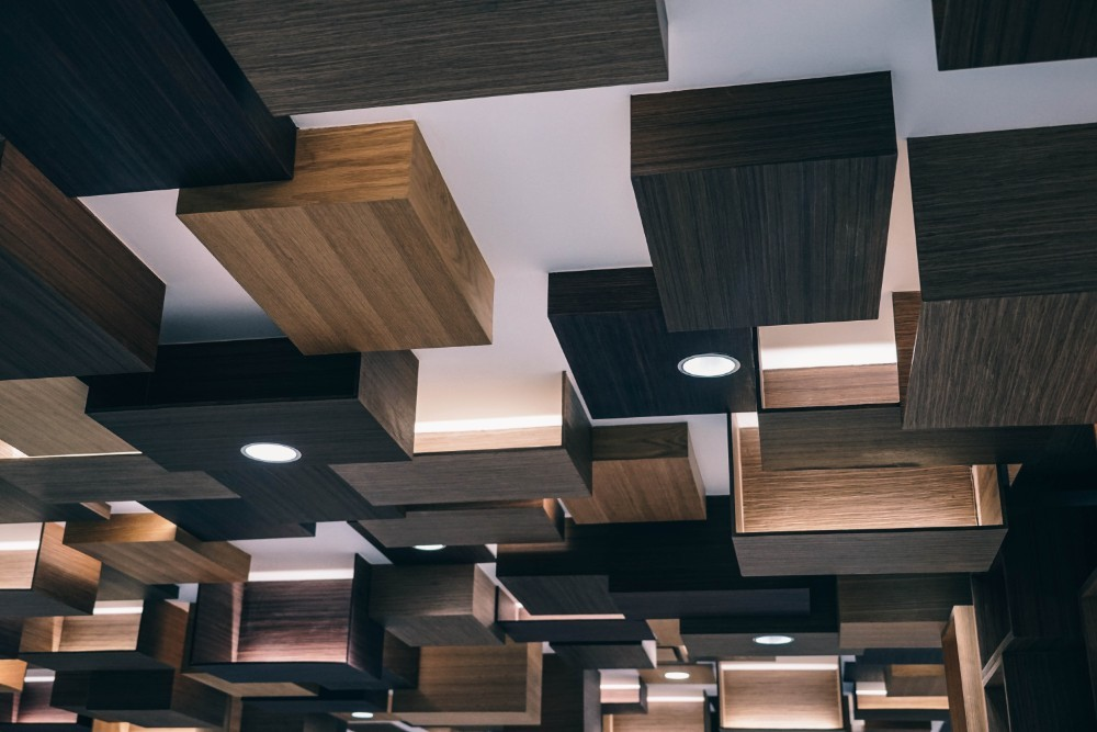 Artistic-Wood-Ceiling-Panels-in-the-Siam-Discovery-Mall-in-Bangkok