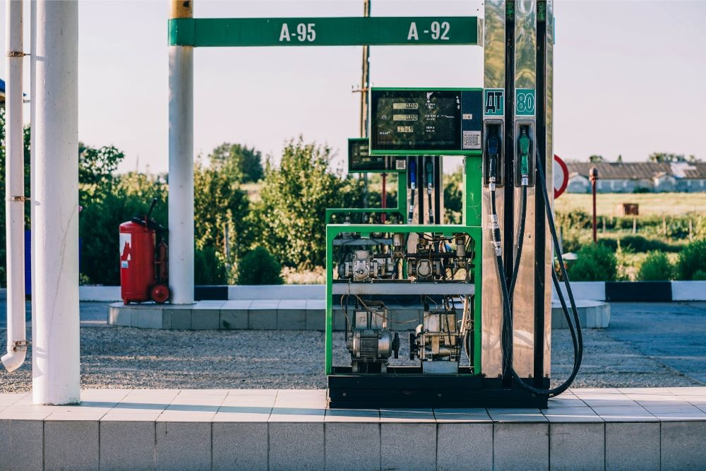 Gas-Pump-Photographed-on-a-Sunny-Day
