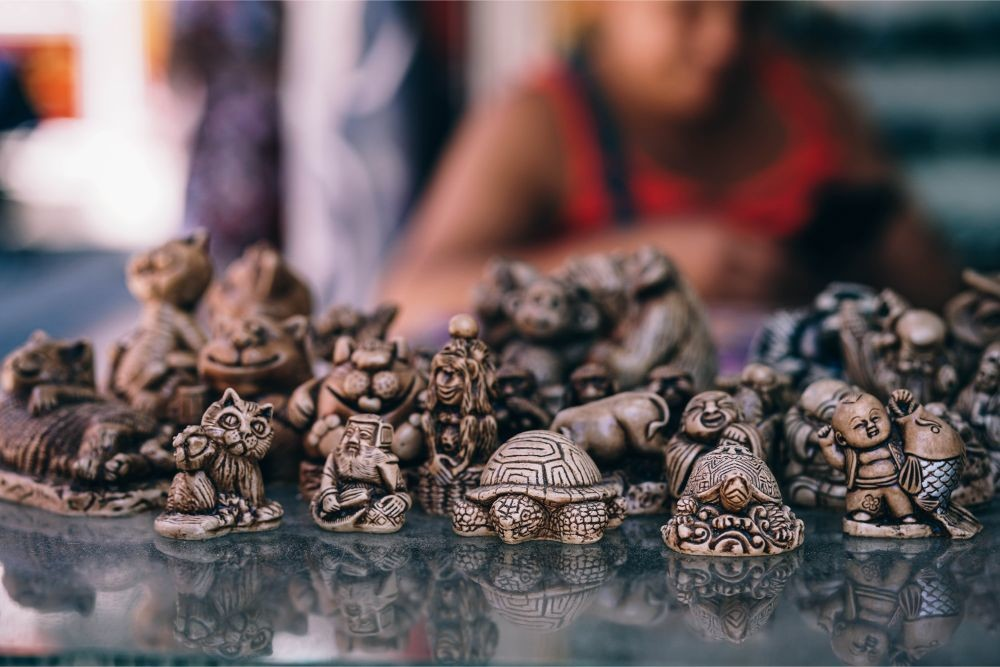 Miscellaneous-Wooden-Carved-Souvenirs