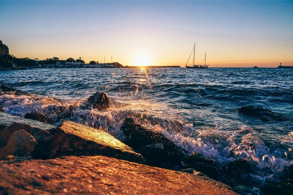 Wave-Splashing-against-Rocks-at-the-Beach-in-Sevastopol