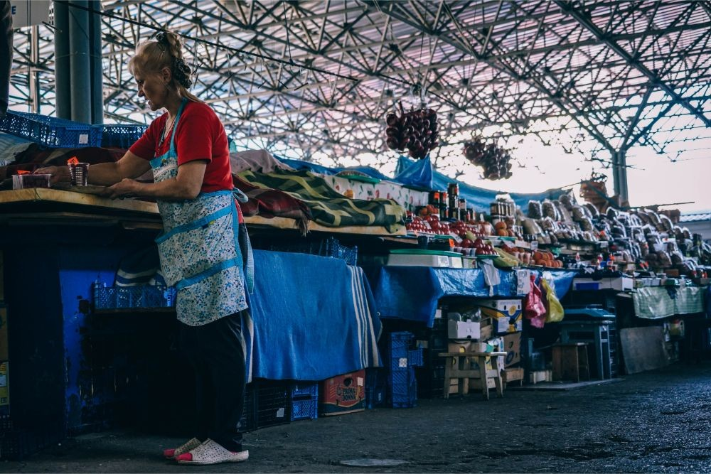 Woman-Working-at-the-Farmers-Market-in-Sevastopol