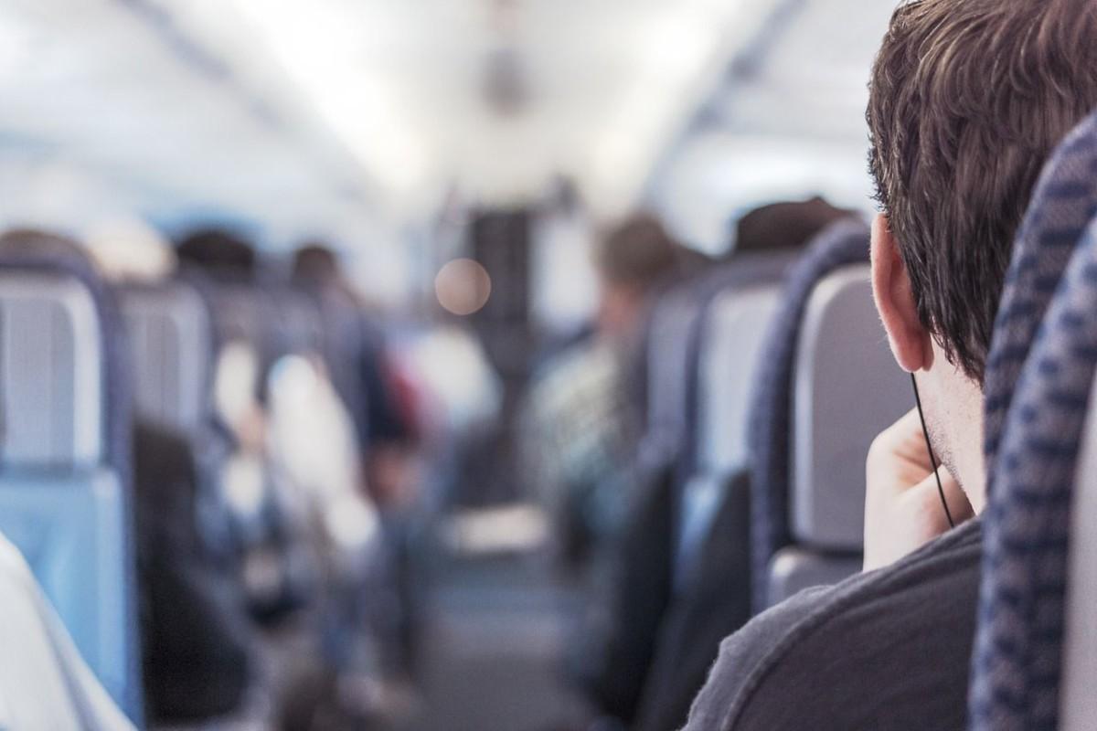 passenger-362169_1280