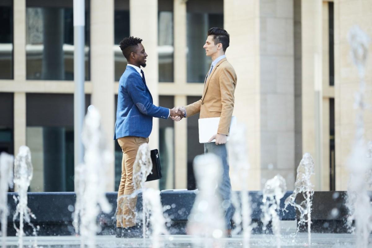 interracial-partnership-HGQ38JT