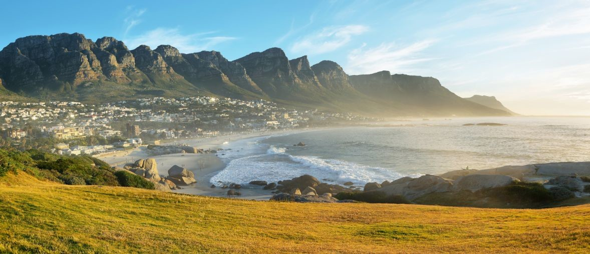 camps-bay-beach-in-cape-town-south-africa-with-37CVNMB