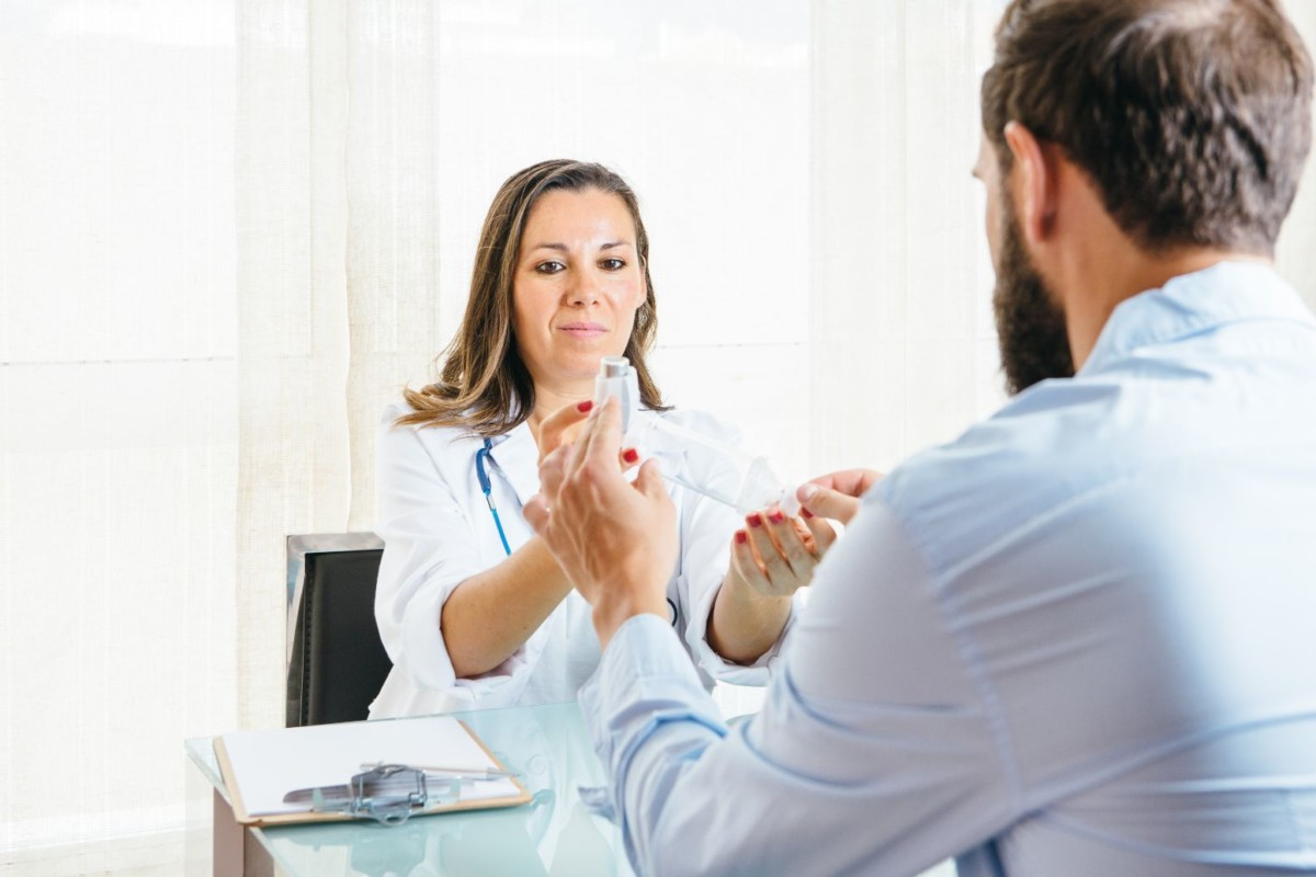 doctor-helps-a-patient-PBDYTGP