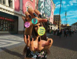 pink street hand shopping fun girl young magic like badge t ooXzR