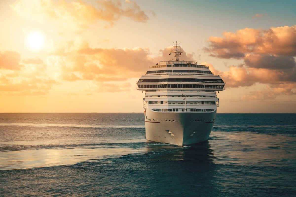 cruise ship PDTFFDZ