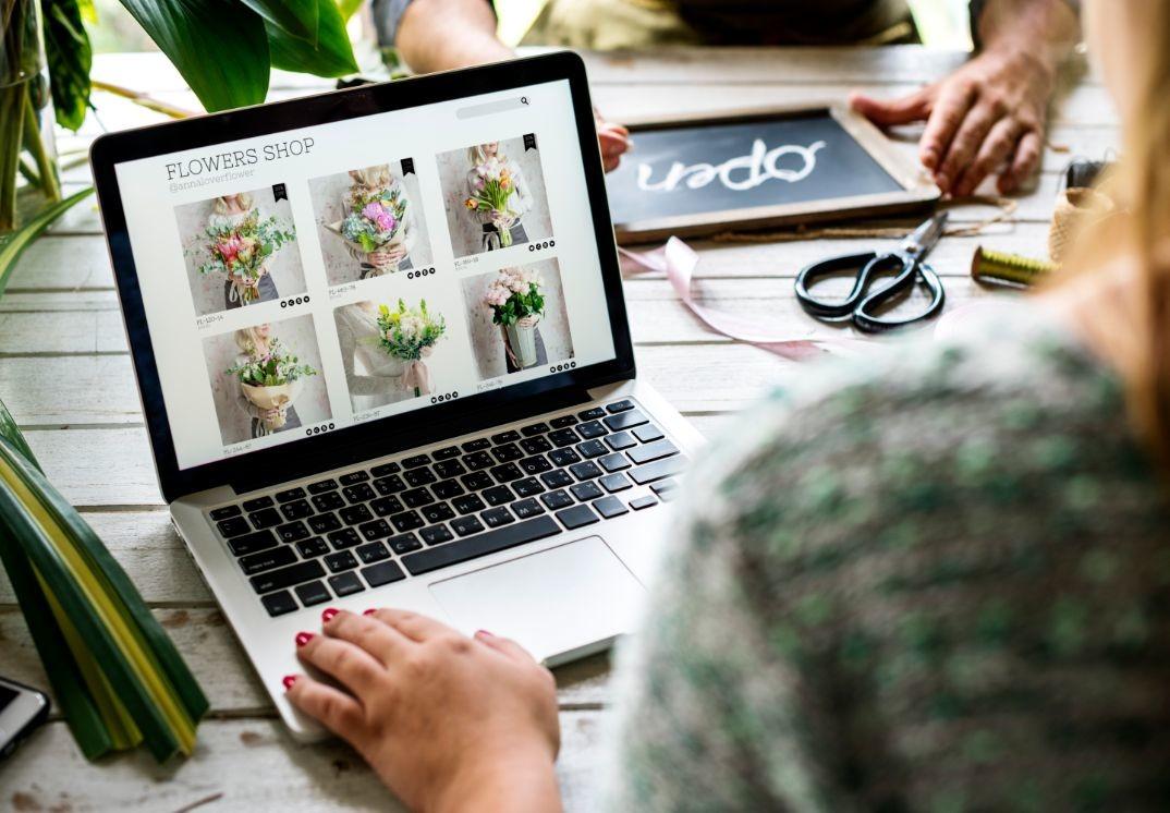 e business flower shop marketing promote on PTPKY