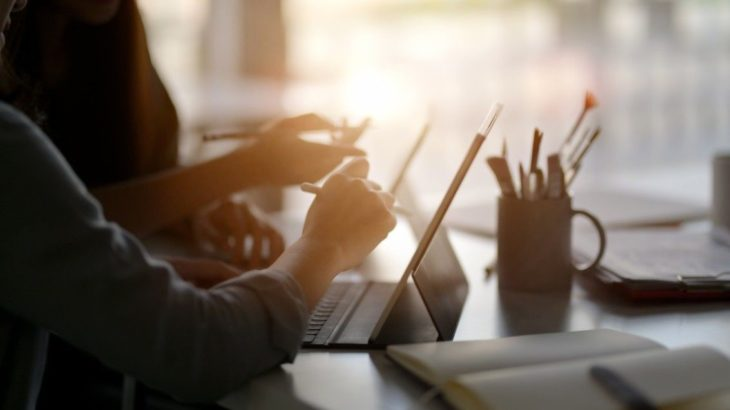 E-A-Ting Up the Competition: 5 Ways to Improve Your Website's E-A-T Ranking Score