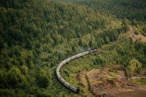 Taking A Vacation By Train: What's There To Know