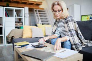 calculating home budget jztk