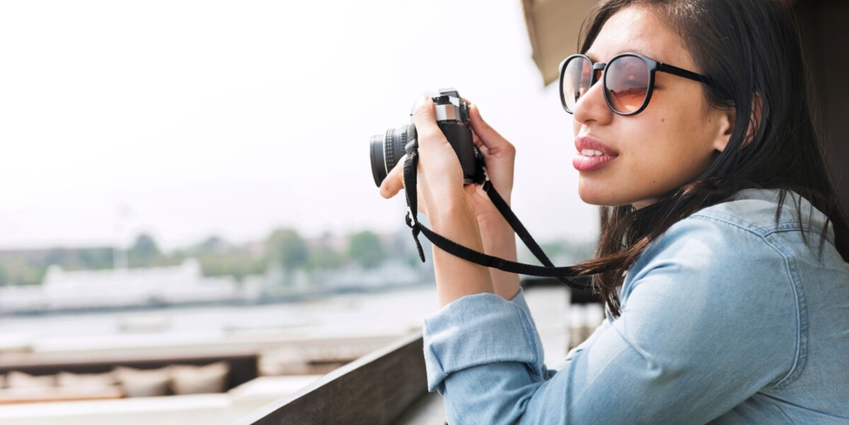 woman photographer hipster street ware traveler co pkdxbmd