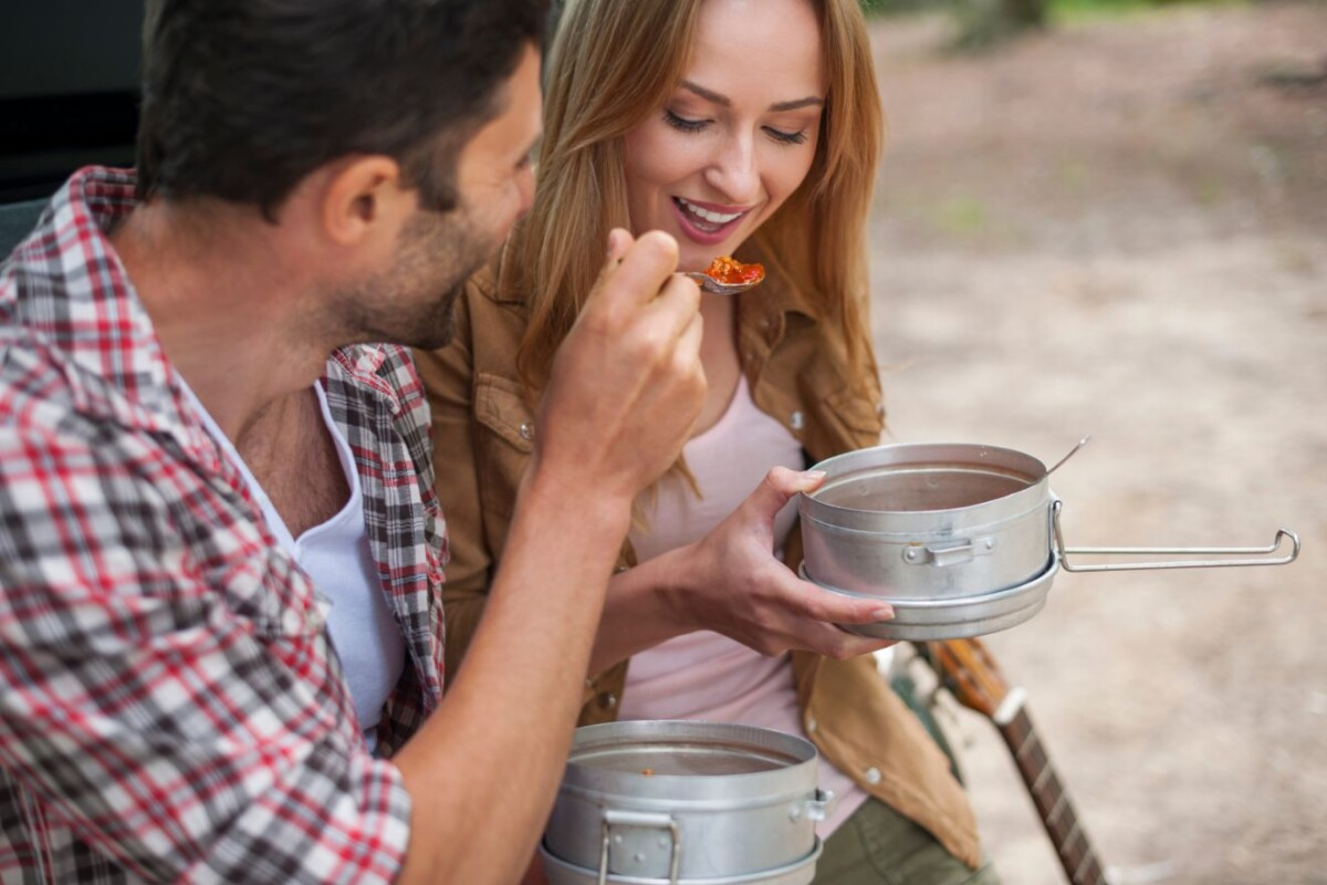 Mother Nature's Kitchen: 7 Camping Cookware Must-Haves