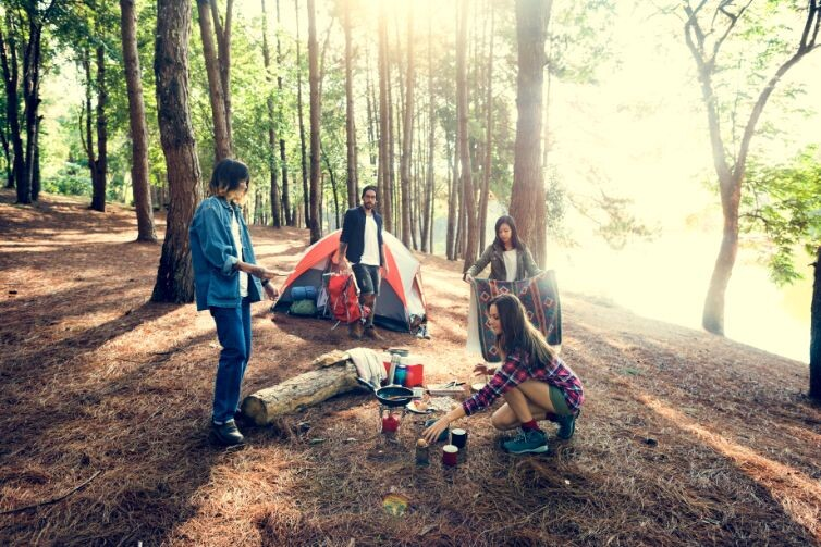 friends camping eating food concept pufrb