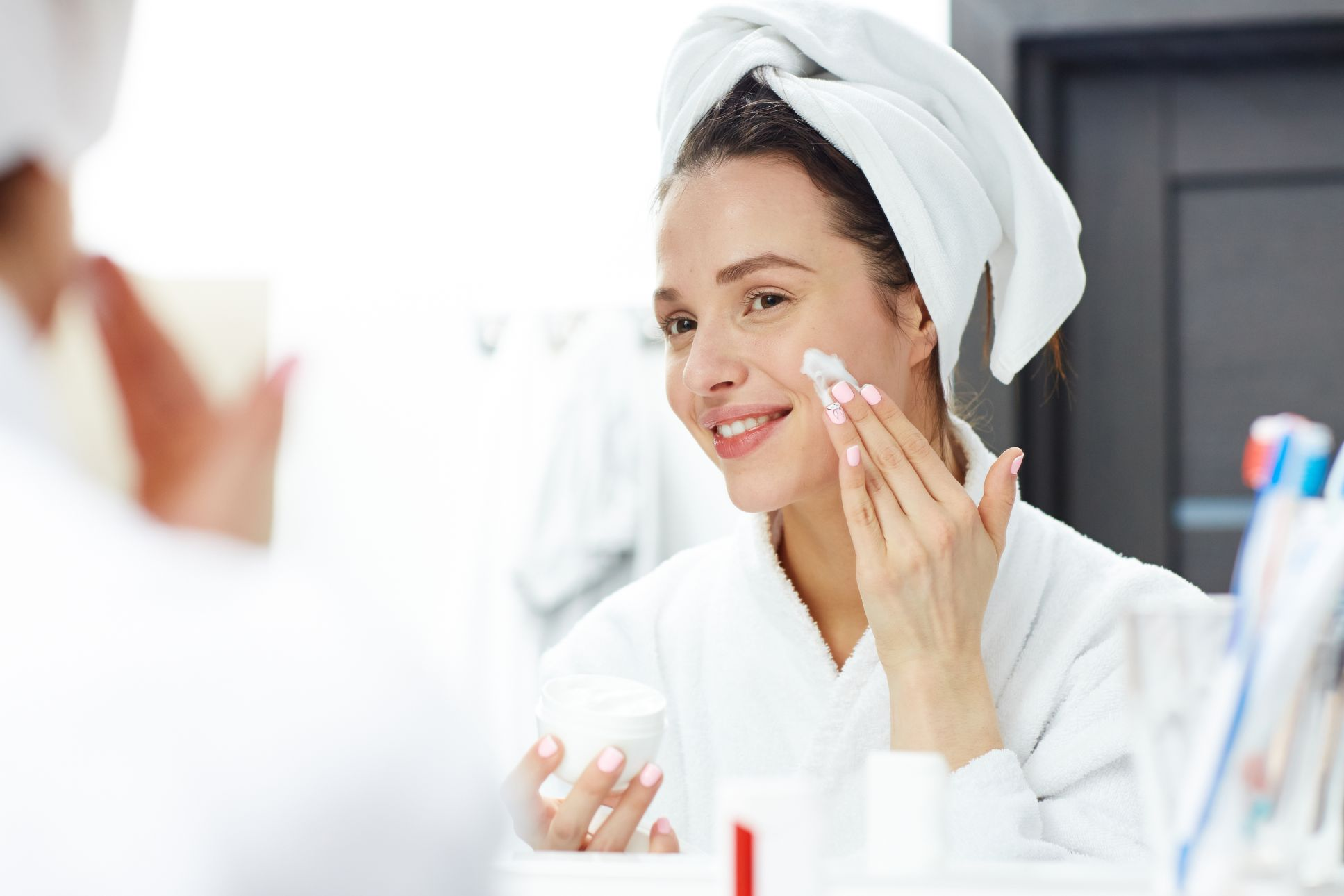 How to Have a Facial Treatment At Home Like A Pro