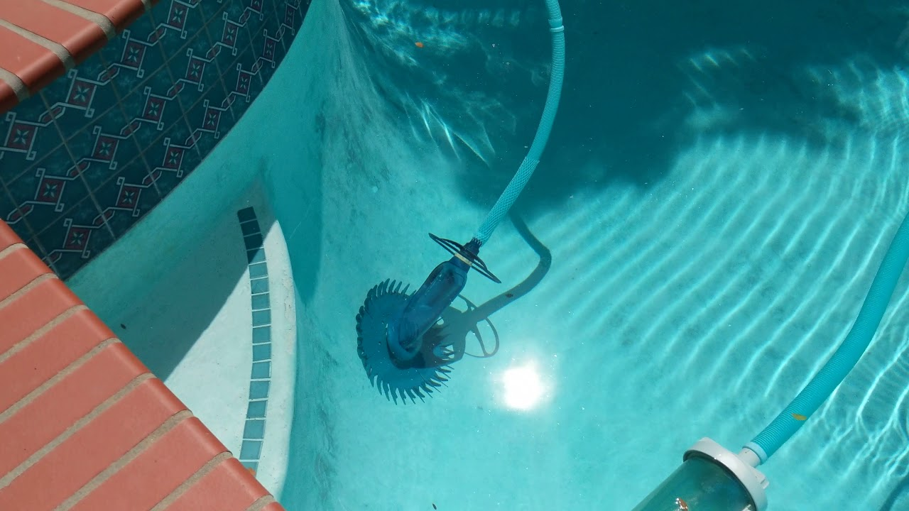 How to Set Up a Suction Pool Cleaner